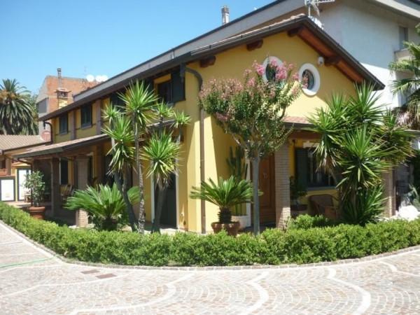 Riferimento 2L2065 - Villa Singola in Vendita a Torre Del Lago Puccini