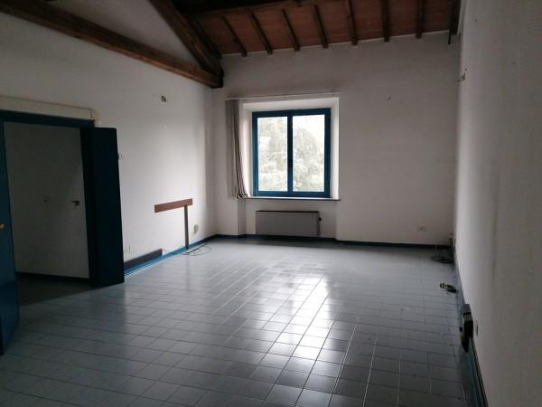 Riferimento 2595 - Ufficio in Affitto a Pistoia