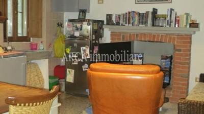 Appartamentoin Vendita, Pietrasanta - Centro Storico - Riferimento: 2502