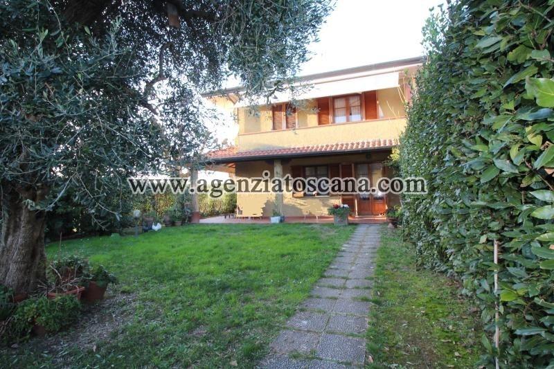Villa Bifamiliare in vendita, Forte Dei Marmi - Vaiana -  0