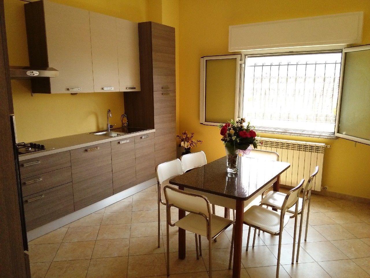 Appartamento in affitto a Ventimiglia, 5 locali, prezzo € 950 | PortaleAgenzieImmobiliari.it