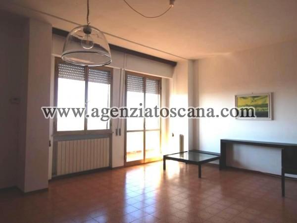 Appartamento Con Ascensore Garage E Cantina