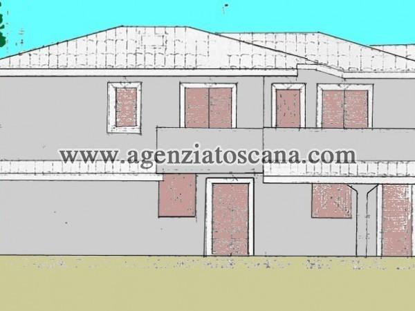 Villa Singola Formata Da Due Unita' Collegate E Regolari