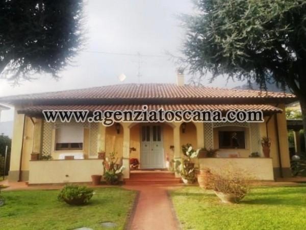 Villa Singola Perfetta Con Bel Giardino