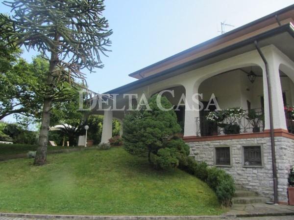 Reference CA2051VU2 - Villa - Villetta for Vendita in Camaiore