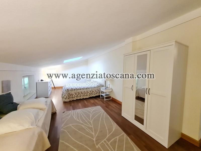 Villa in vendita, Forte Dei Marmi - Zona Via G. Battista Vico -  34