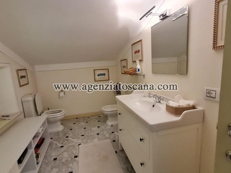 Villa in vendita, Forte Dei Marmi - Zona Via G. Battista Vico -  37