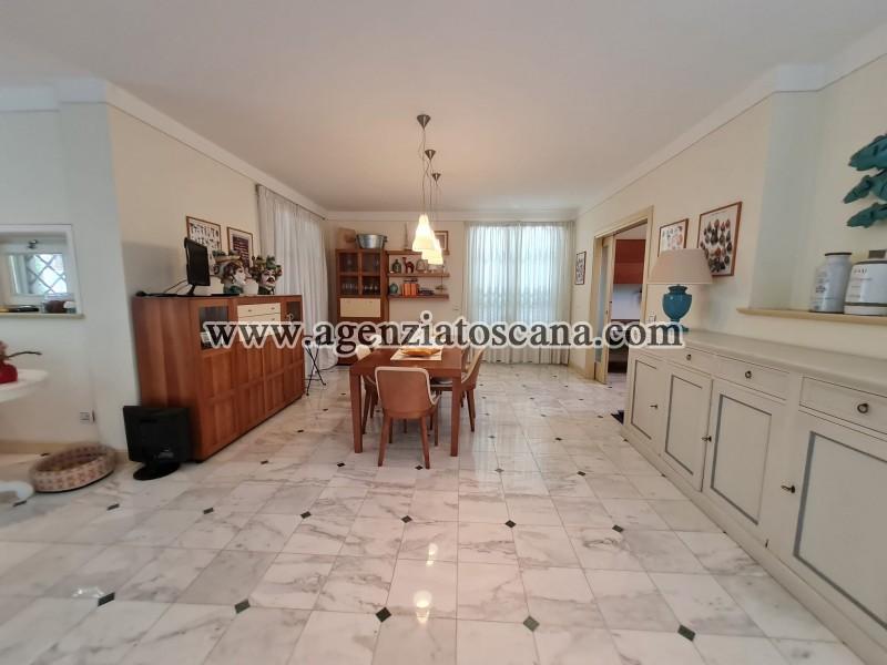 Villa in vendita, Forte Dei Marmi - Zona Via G. Battista Vico -  19