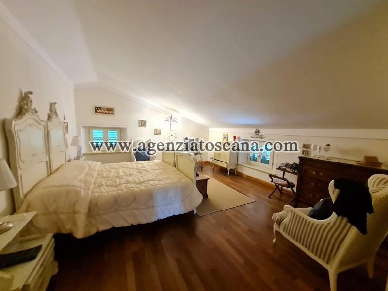 Villa in vendita, Forte Dei Marmi - Zona Via G. Battista Vico -  35