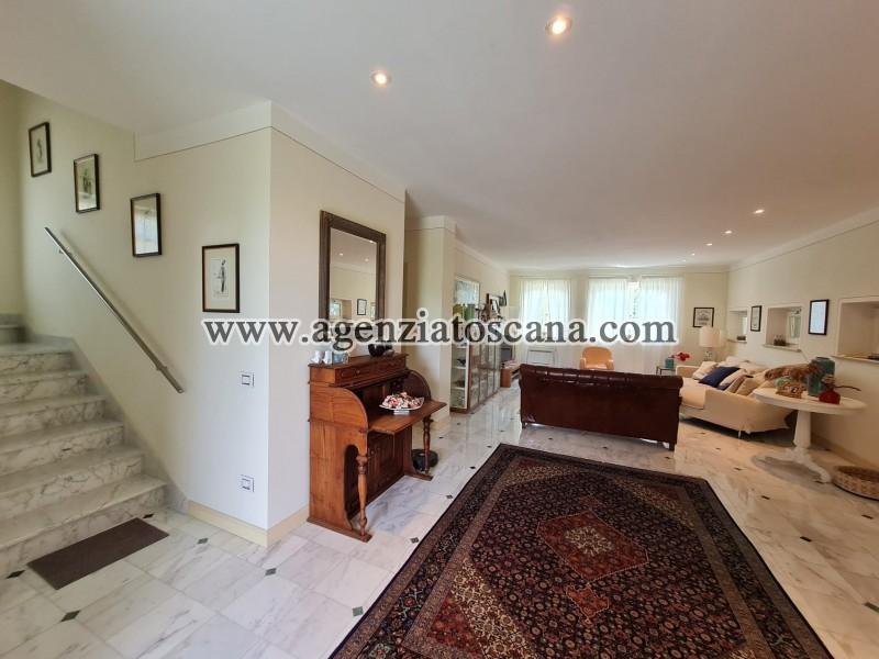 Villa in vendita, Forte Dei Marmi - Zona Via G. Battista Vico -  29