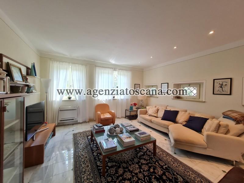 Villa in vendita, Forte Dei Marmi - Zona Via G. Battista Vico -  21