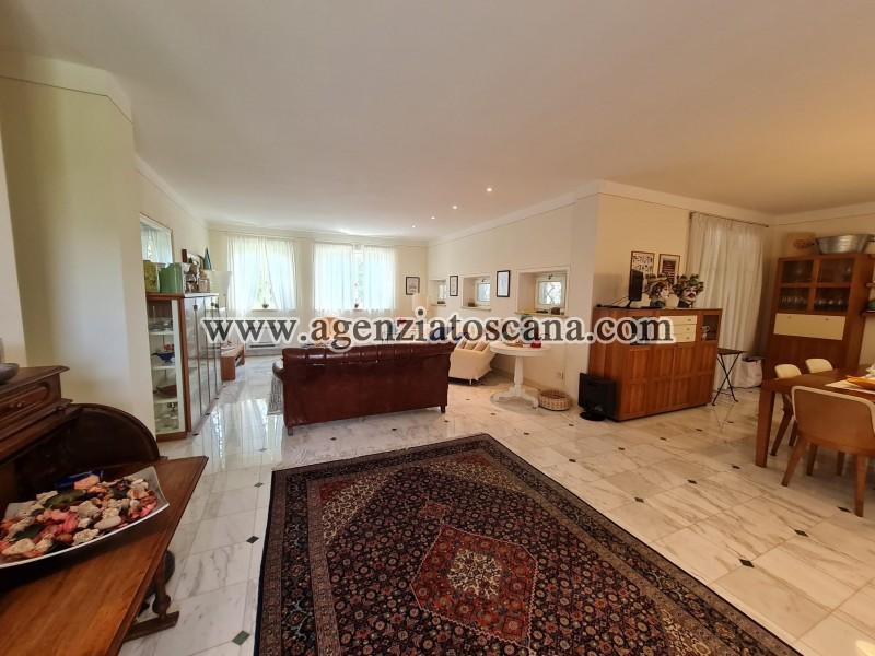 Villa in vendita, Forte Dei Marmi - Zona Via G. Battista Vico -  17