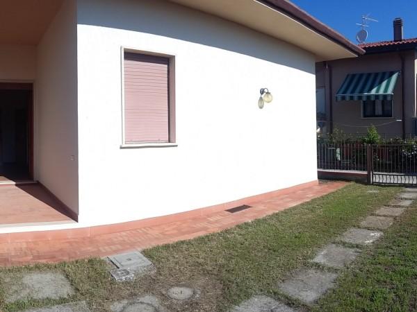 Riferimento 2M2505 - Villa Bifamiliare in Vendita a Torre Del Lago Puccini