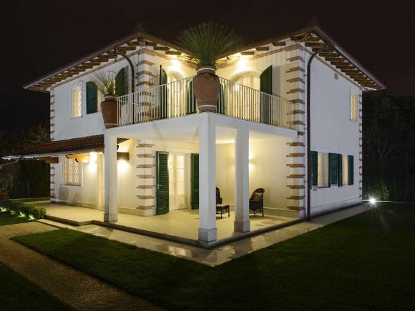 Riferimento 553 - Villa in Vendita a Pietrasanta