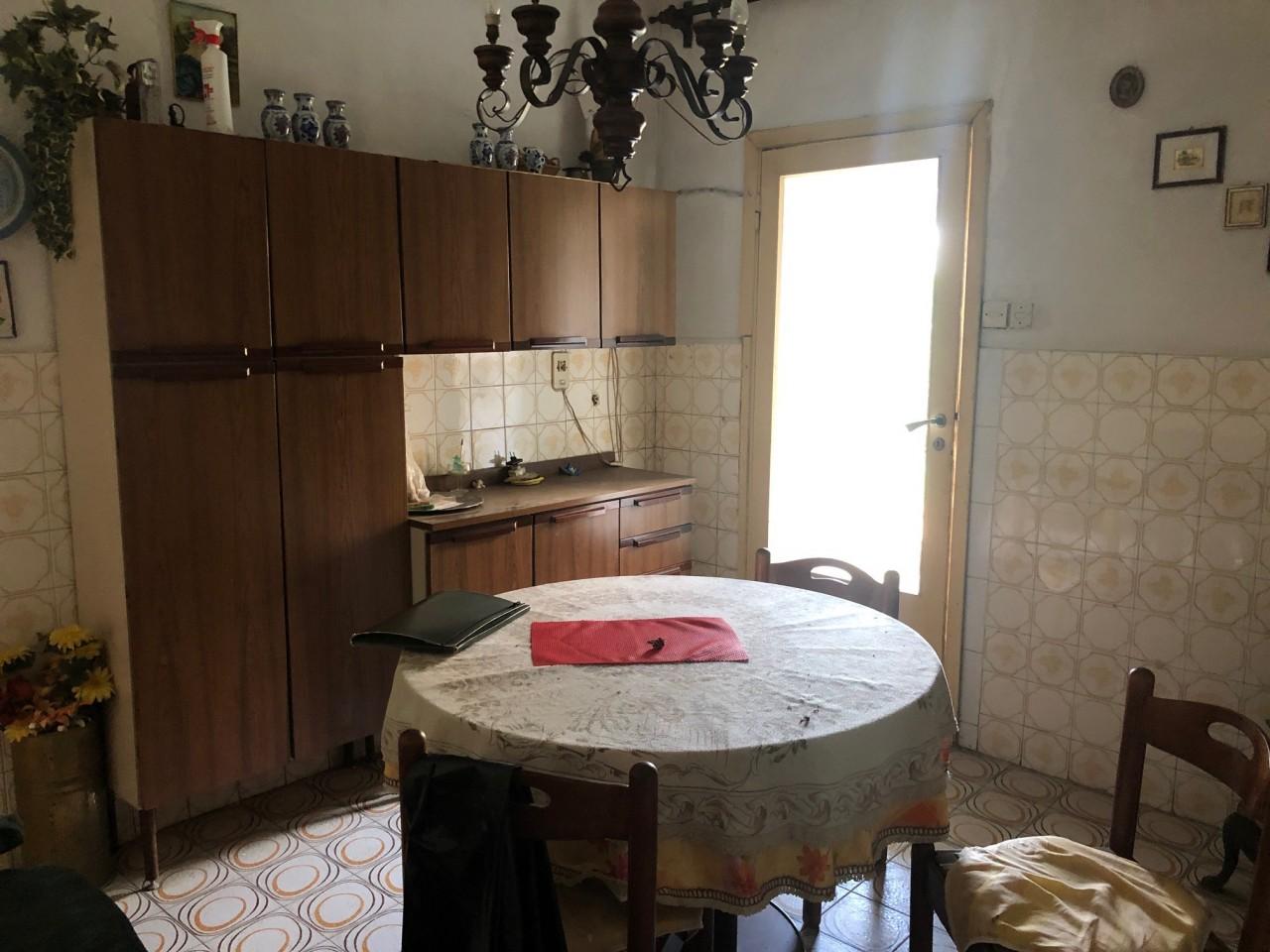 Appartamento in vendita a Asciano, 4 locali, prezzo € 45.000 | PortaleAgenzieImmobiliari.it