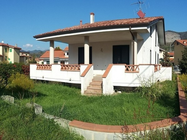 Riferimento 4M2.504 - Villa Singola in Vendita a Quiesa