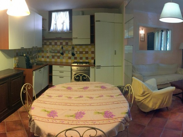 Riferimento 192 - Appartamento in Vendita a Forte Dei Marmi