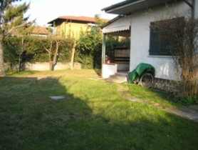 Riferimento BAf112 - Villa Bifamiliare in affitto a