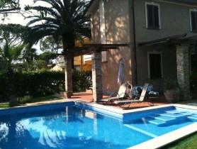 Riferimento VAf232 - Villa in affitto a