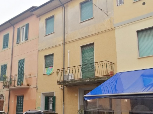 Riferimento 1A2500 - Casa Indipendente in Vendita a Viareggio
