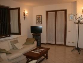 Riferimento BAF311 - Villa Bifamiliare in affitto a