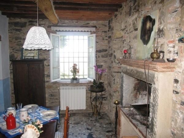 Riferimento SA115 - rustico - casolare - colonica in Affitto in Massarosa - Pieve A Elici