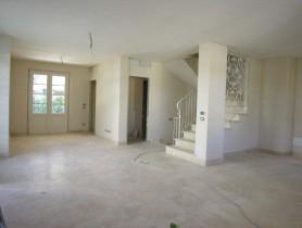 Riferimento BV447 - Villa Bifamiliare in vendita a Centro
