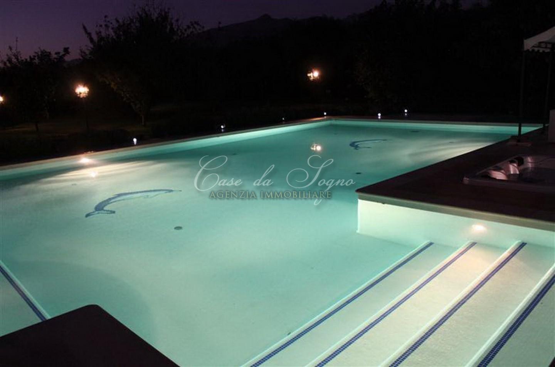 362 - cover Villa tuscany