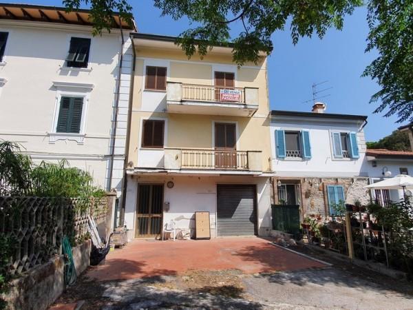 Riferimento 2L2535 - Villa in Vendita a Torre Del Lago Puccini