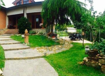 Rottofreno-villa singola con 2