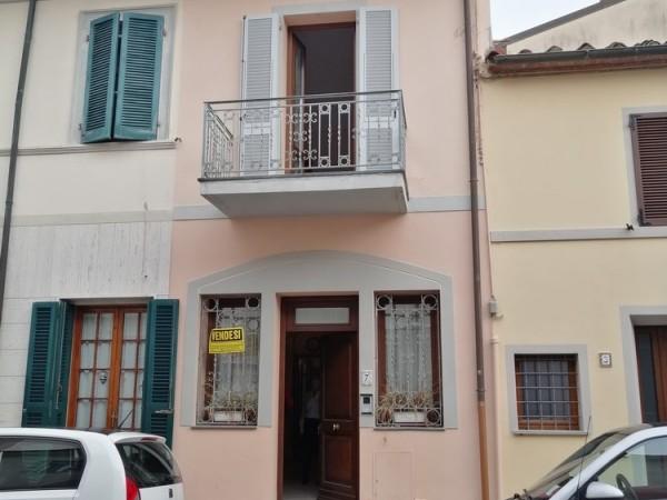 Riferimento 1A2501 - Villetta A Schiera in Vendita a Viareggio