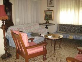 Riferimento VAF180 - Villa in affitto a
