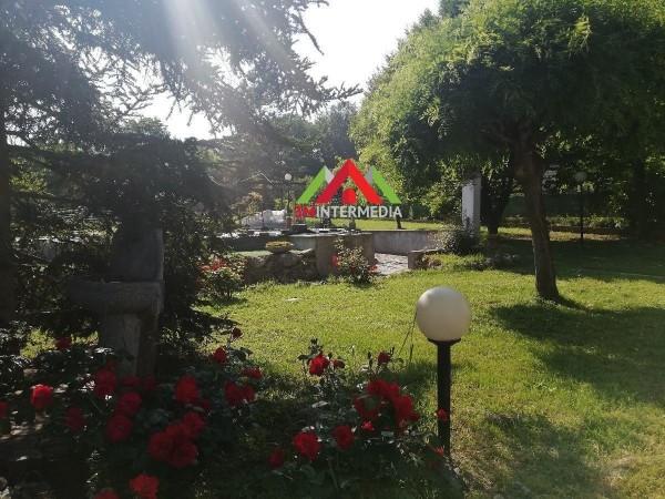 Riferimento 489CL - Villa Bifamiliare in Vendita a Castelletto Monf.