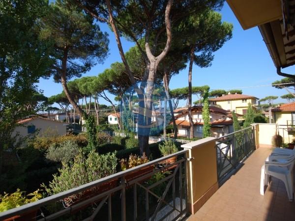 Riferimento SA166 - Appartamento in Affitto a Pietrasanta - Marina di Pietrasanta