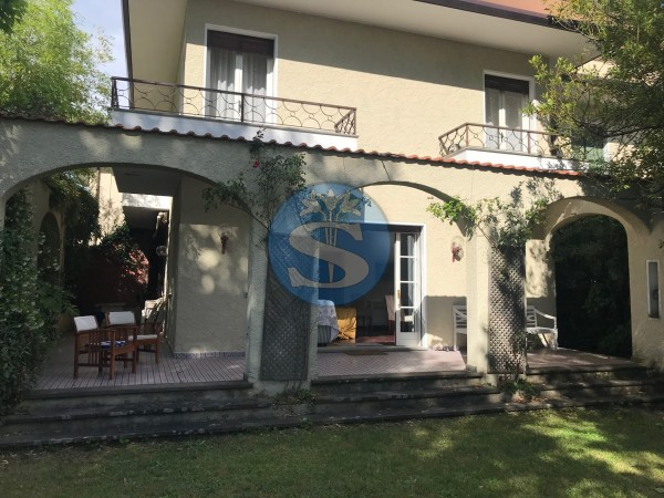 Reference SA023 - Villa for Rentals in Pietrasanta