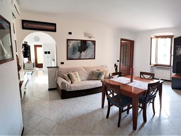 Riferimento 01 - Appartamento in Affitto a Monterosso Al Mare