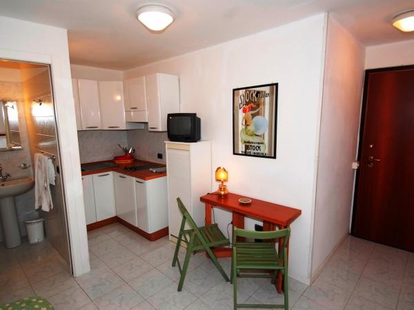 Riferimento 04 - Appartamento in Affitto a Monterosso Al Mare