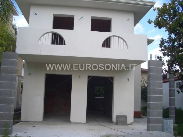 Riferimento ST 8508 - Villa Di Pregio in Vendita a Marina Di Pietrasanta