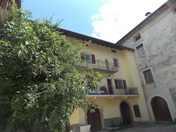 Riferimento G007 - Stabile - Palazzo in Vendita a Tenna