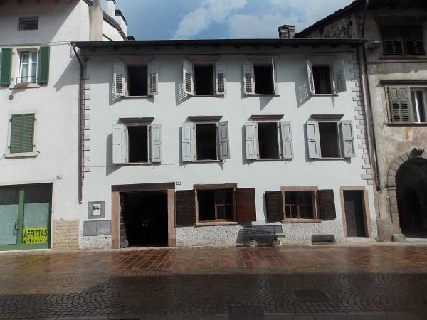 Riferimento G008 - Stabile - Palazzo in Vendita a Pergine Valsugana