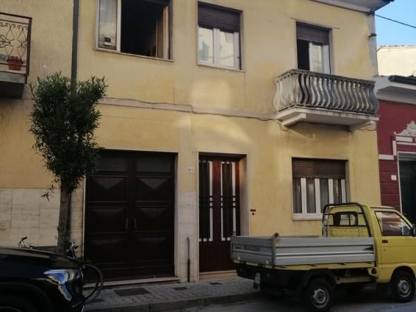 Riferimento 1C2501 - Villa in Vendita a Viareggio