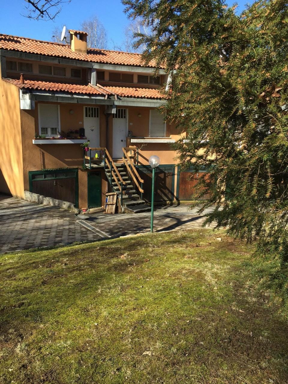 Villa a Schiera in vendita a Venegono Superiore, 3 locali, prezzo € 110.000 | CambioCasa.it