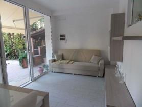 Riferimento BAF1028 - Villa Bifamiliare in affitto a