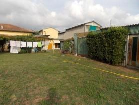 Riferimento BV594 - Villa Bifamiliare in vendita a