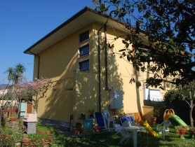 Riferimento BV571 - Villa Bifamiliare in vendita a Centro