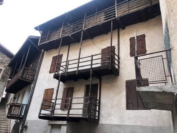 Riferimento H007 - Casa Semi Indipendente in Vendita a Madrano