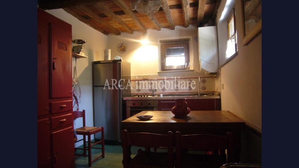 Terratetto - Terracieloin Vendita, Pietrasanta - Campagna - Riferimento: 1326