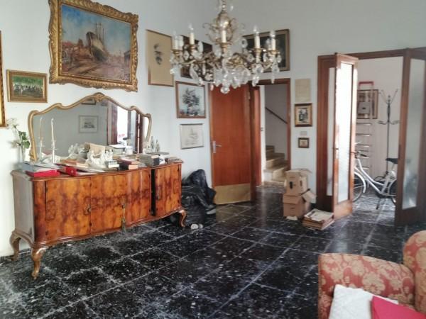 Riferimento 1A2131 - Casa Indipendente in Vendita a Viareggio