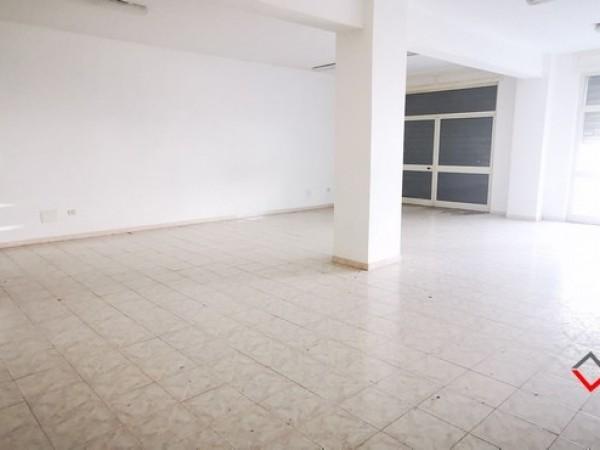 Riferimento LCA101 - Locale Commerciale in Affitto a Olbia