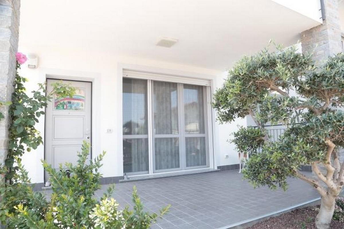 Appartamento in vendita a Lonate Ceppino, 4 locali, prezzo € 270.000 | PortaleAgenzieImmobiliari.it